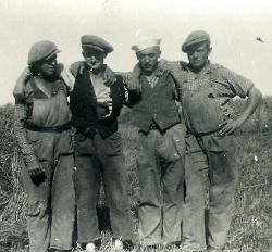 Gerning - Karle på marken - Bidstrup 1932
