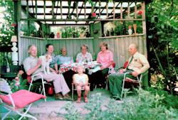 Tommerup - Sommer i haven